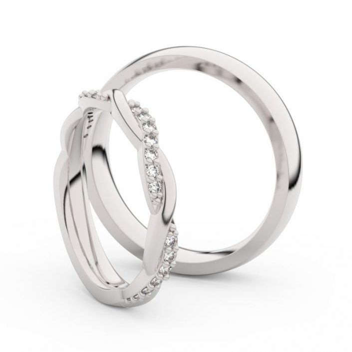 Engagement rings white gold with briliants