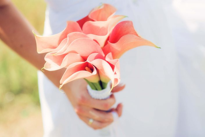 wedding bouquet pink calla lilies